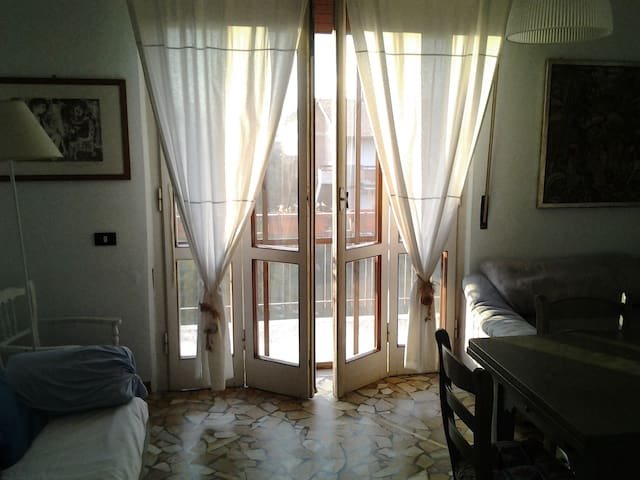 SUMMER HOUSE, TIRRENIA- PISA - Tirrenia