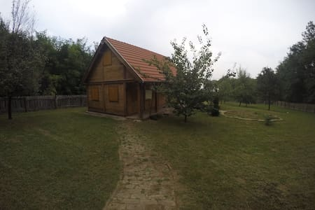 Wooden house,nature,ideal getaway! - Vrbica