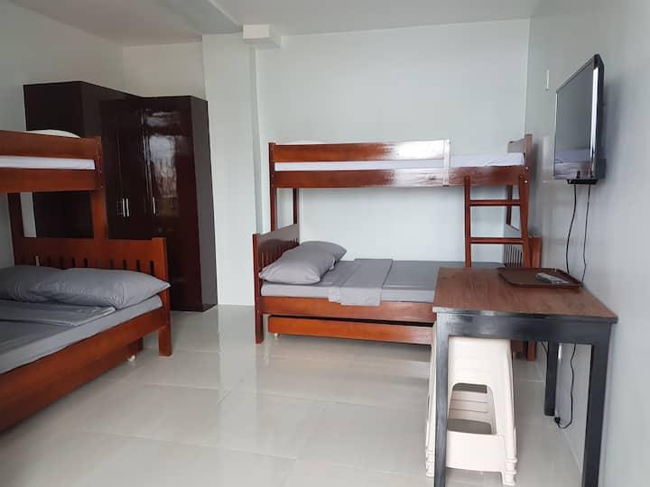 Lufian Dormitel - Backpackers Inn
