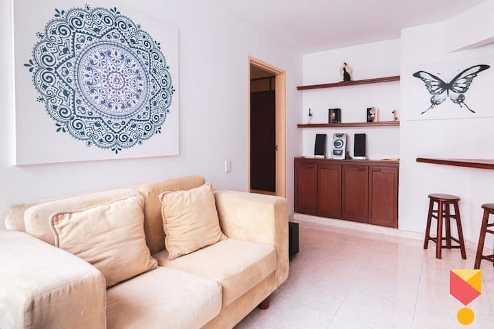 GRANADA FULL APARTMENT - Great Location Cali