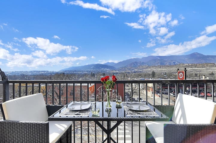 The best place in Old Colorado City!  Location, views, and one-of-a-kind property!