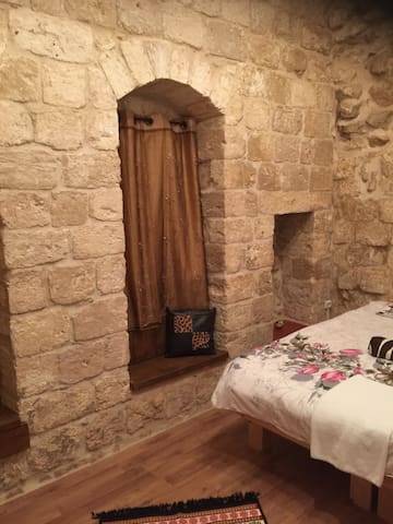 An old room in Nazareth - נצרת - Oda + Kahvaltı