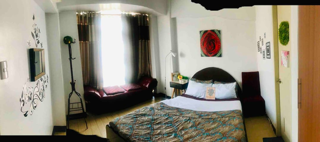 1 bedroom unit in resort hotel condo near airport