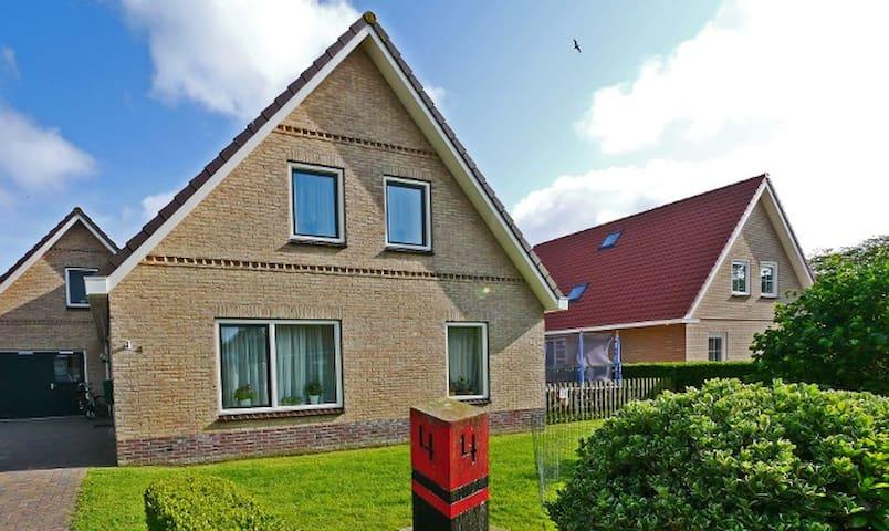 Appartement (4p) Esta op Ameland - Buren - อพาร์ทเมนท์