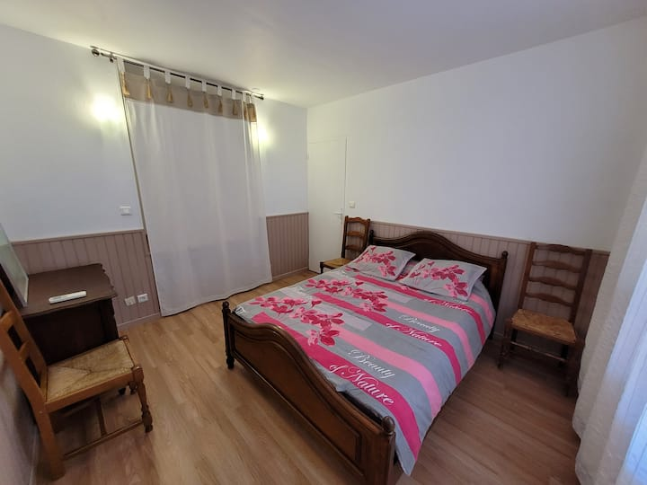 Chambre avec lit double et/ou lit simple pour 2/3p