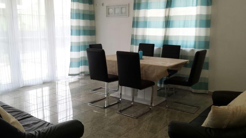 Modern apartment at good location in Vienna - Vienna - Leilighet
