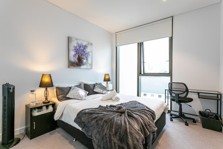 Prime Location-Modern&Cozy Home in DarlingHarbour