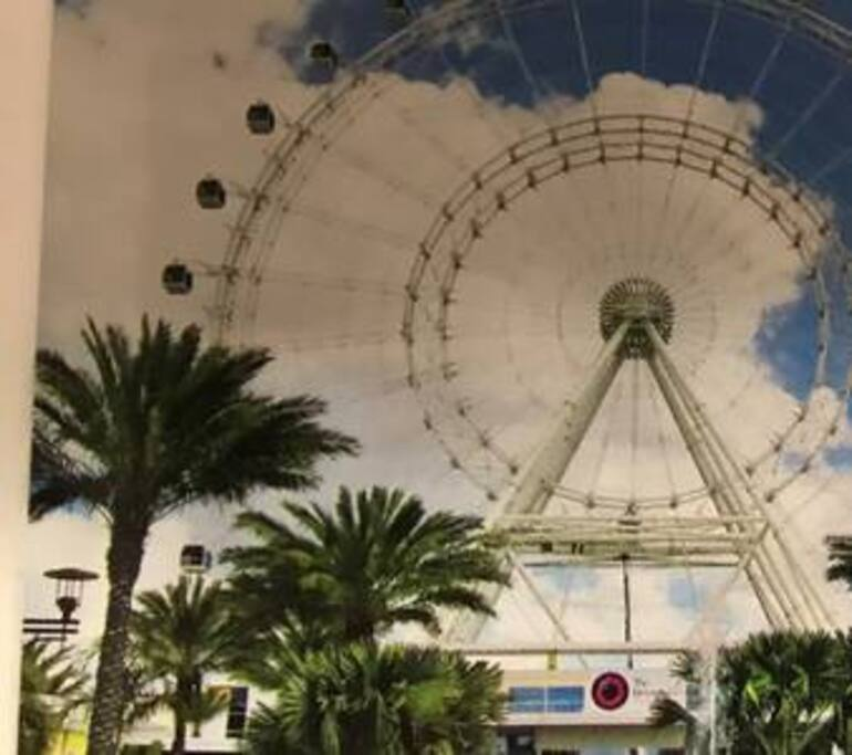 I-Drive 360 Ferris Wheel Attraction on International Drive
