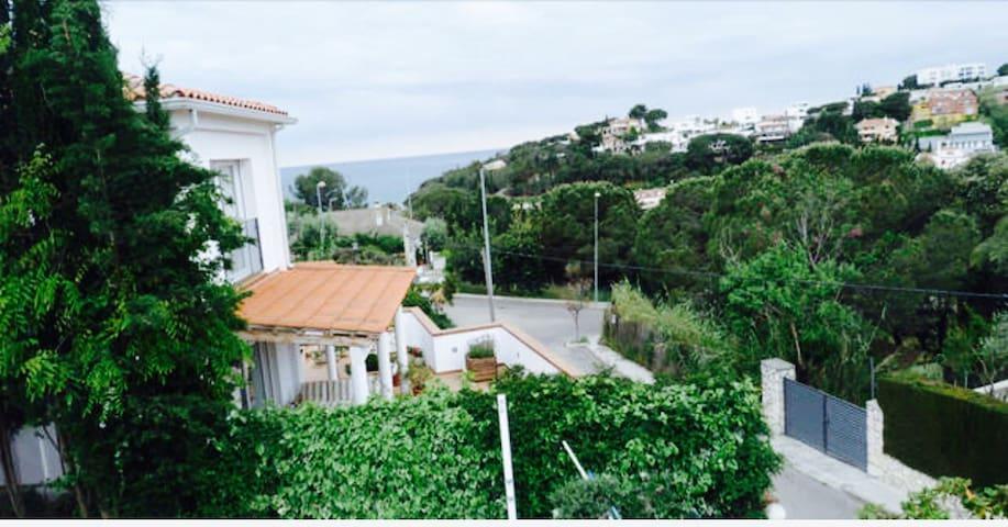 CAROLINA VILLA - Arenys de Mar - Ev