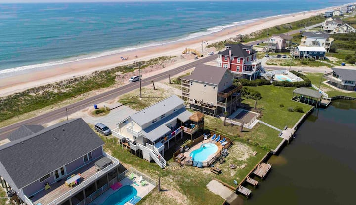 Canalfront, tiki bar, pool, ocean, hot tub,2nd row