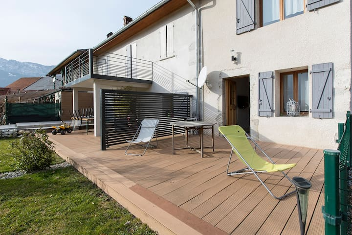 ANNECY LAKE AREA COTTAGE 3* 5/6 p - Doussard - Dom