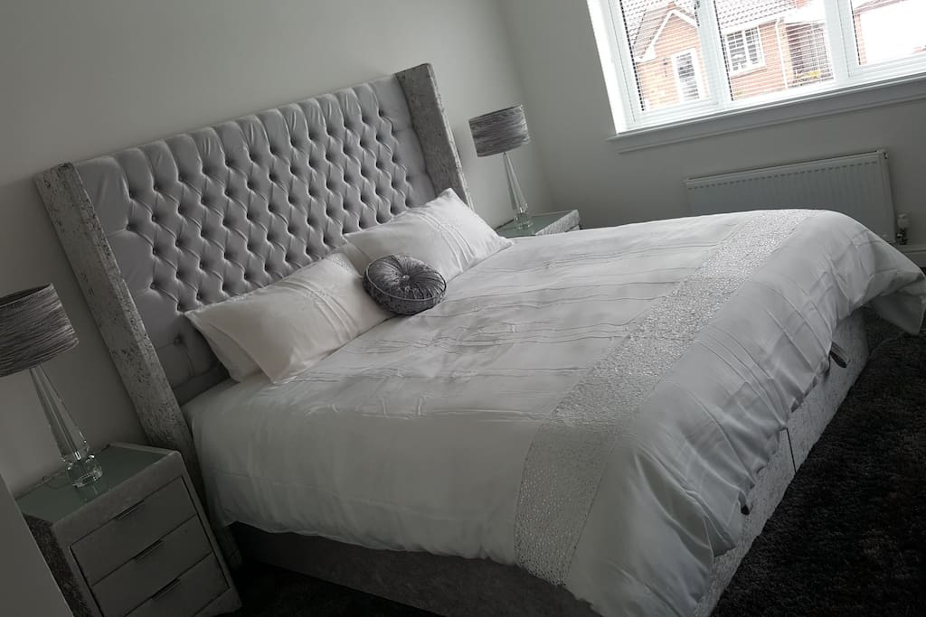 extra Super king size bed