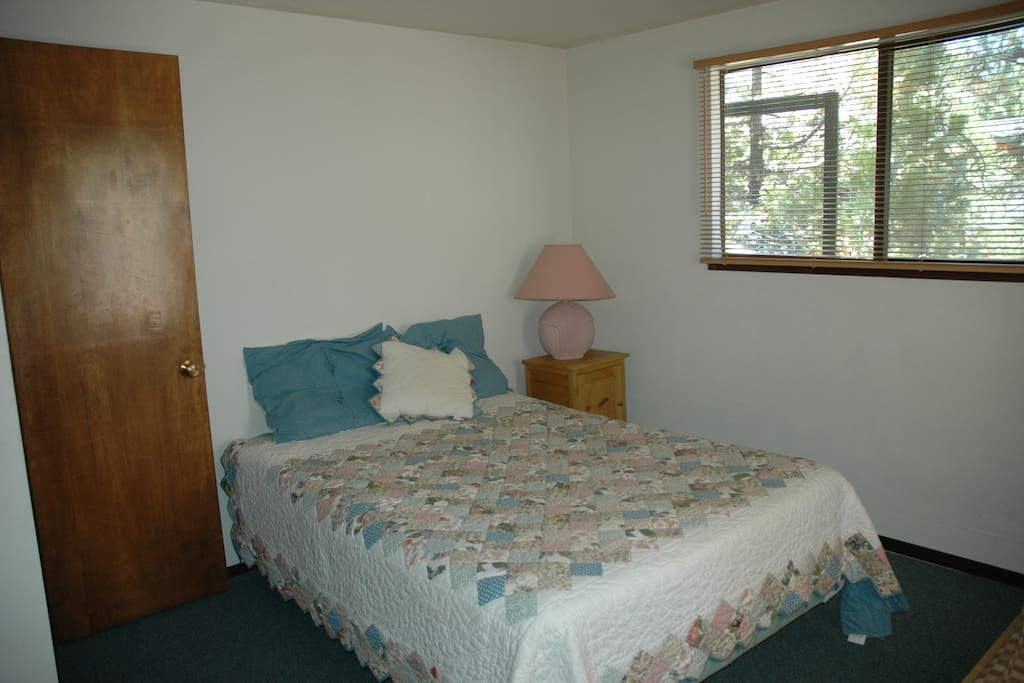 Morell (Mountain Air)-Bedroom 1