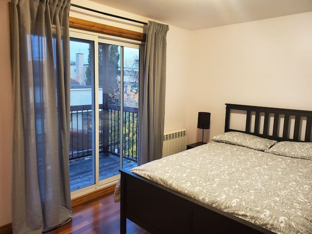 Comfortable 1-bedroom in the heart of Westboro