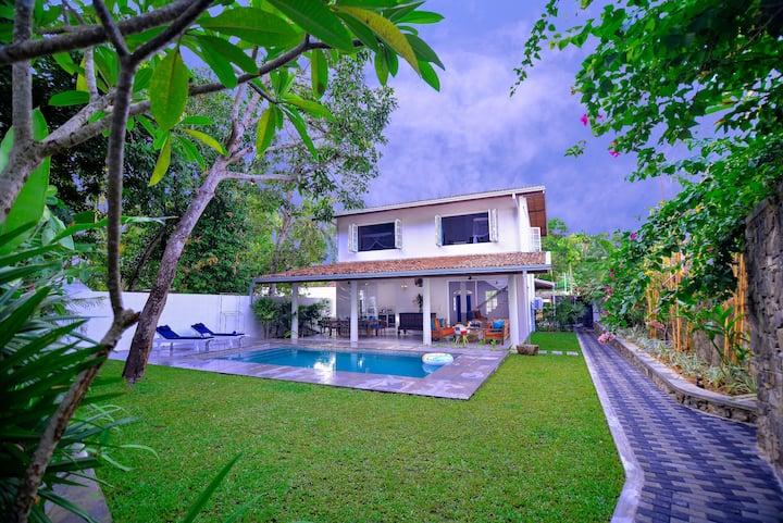Sunnavind House