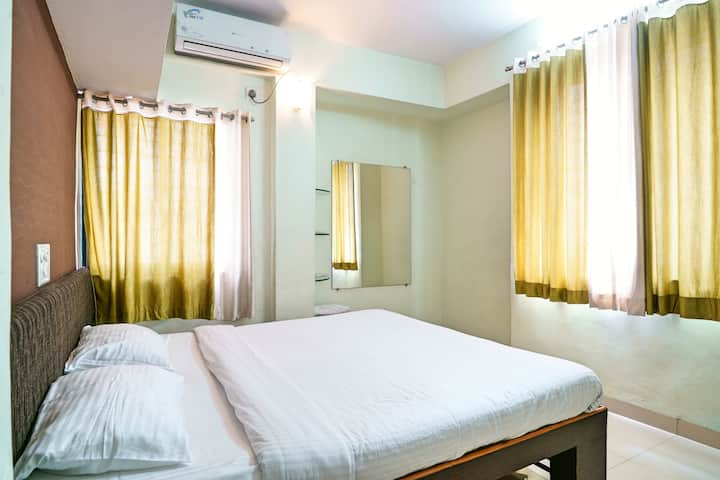Cozy Comfortable Peaceful one BHK stay Baner Pune