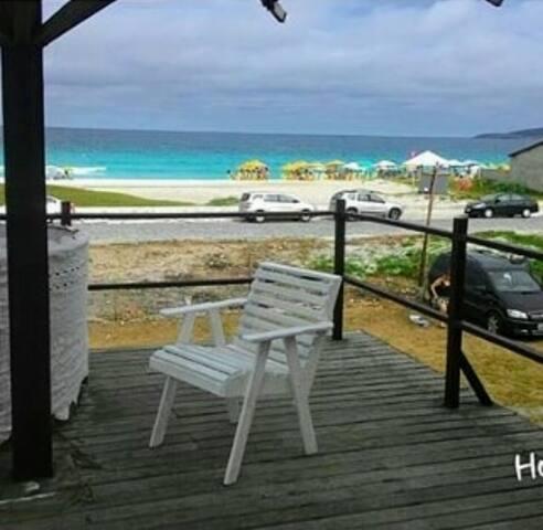 Loft de frente para a praia em Cabo Frio
