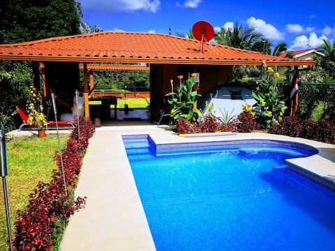 CasaPuraVida: Private Pool, A/C, Free Parking,WiFi