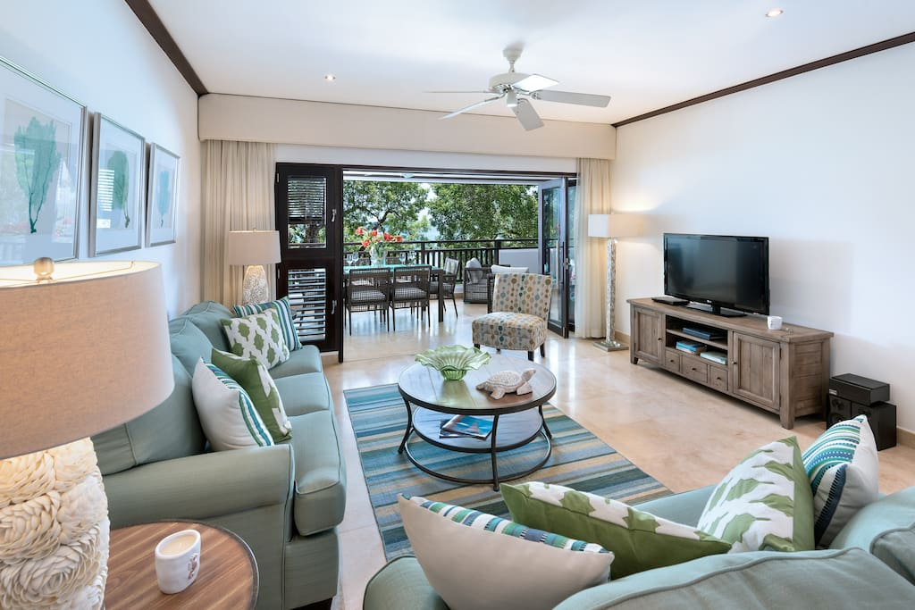 Coral Cove 11 Living Room