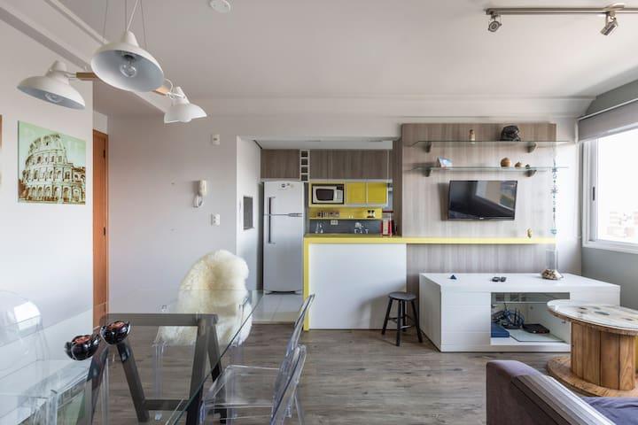 Apartamento lindo, 2D, uso EXCLUSIVO dos hósp.