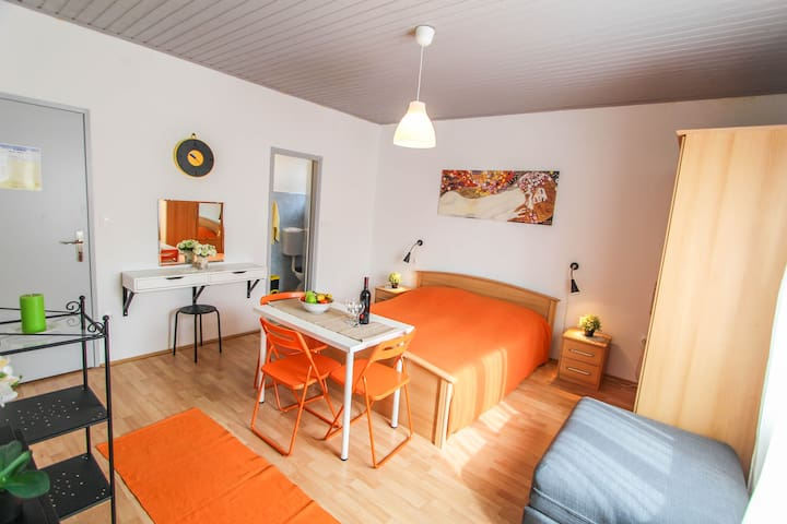 Apartment Orange in the centre