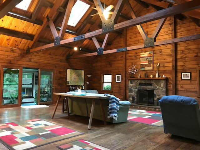 Log Home Near State College - Great for Families