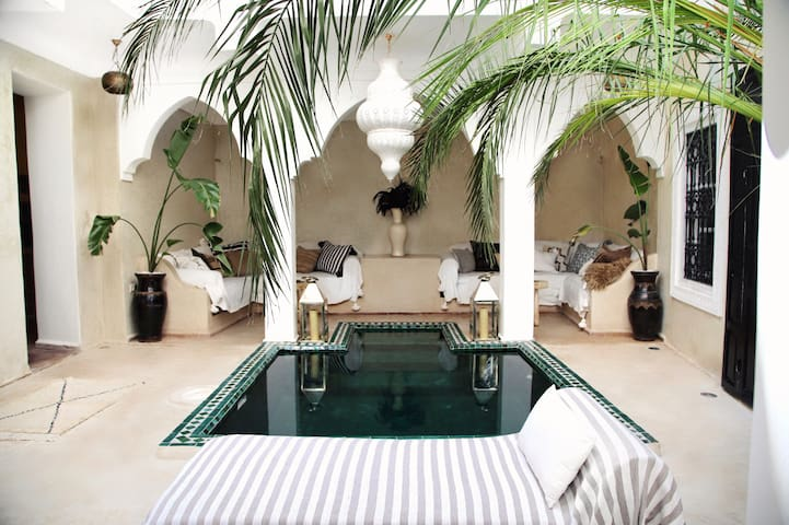 RIAD SHIRAZ - Private House with Pool - Marakeş - Ev