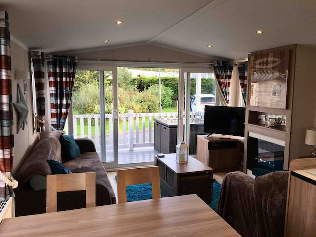Havens Hafan Y Mor - 3 Bed Prestige with decking!