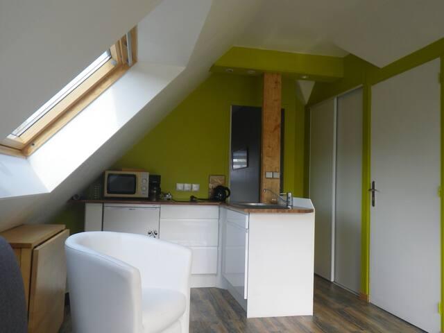 Appartement indépendant dans maison particulière