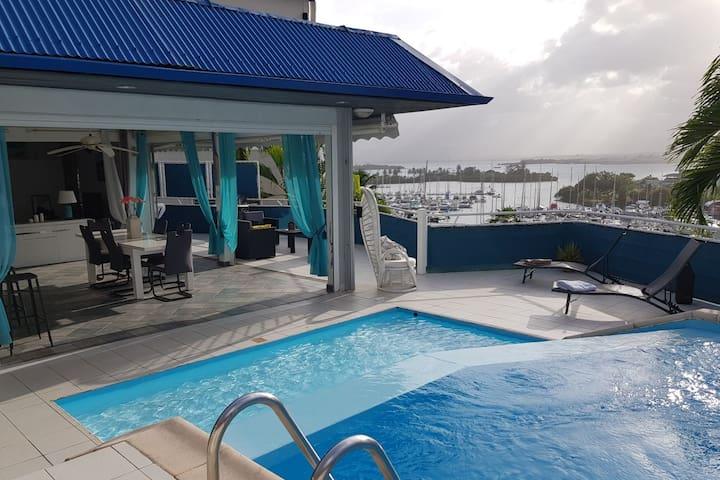 Villa avec piscine à la Marina de Gosier