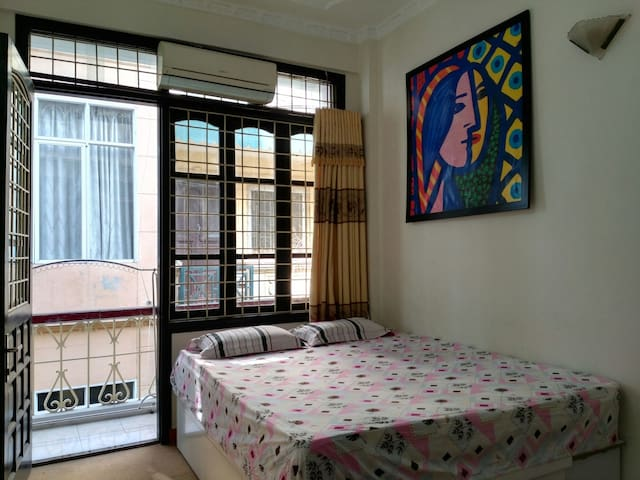 Bright room near the Old Quarters - Hanoi