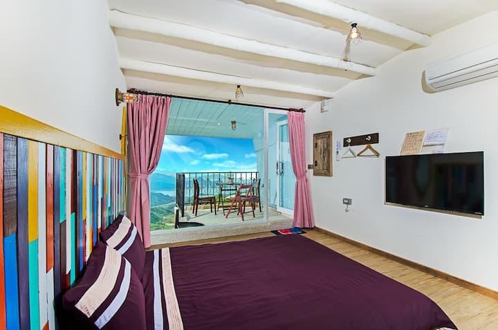花宅伍柒  二樓帶陽台海景套房