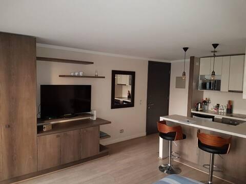 Moderno y cómodo studio