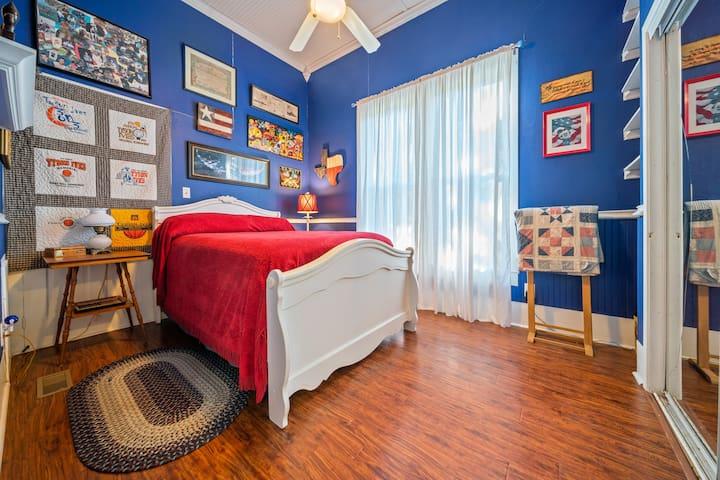 Bedroom #2 full bed