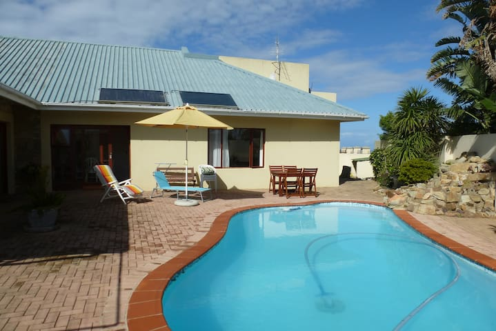 holiday flat with private pool  - Port Alfred - Lägenhet