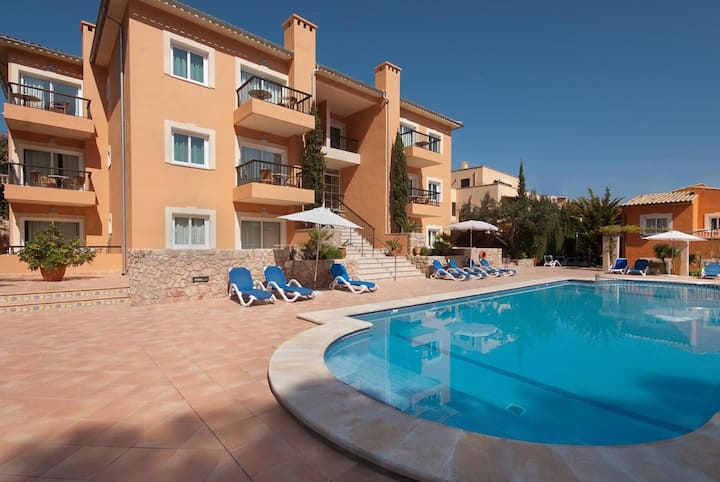 """Wonderful Apartment """"Pinos Altos T2"""" with Pool, Wi-Fi, Balcony & Terrace; Parking Available"""