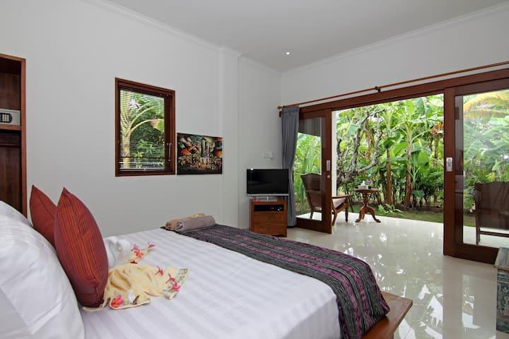 Villa Adi Garden Retreat