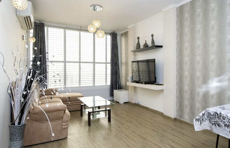 Bat Yam Two Rooms Luxury Apartments - Bat Yam - Daire