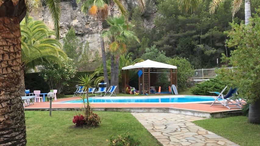 Beautiful villa in Liguria (Italy) - Capo Mimosa-rollo - Casa de camp