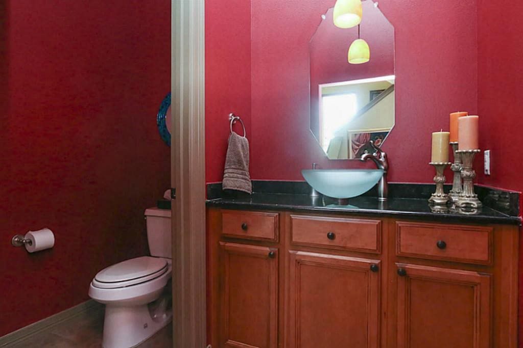 Half bathroom for use on common floor