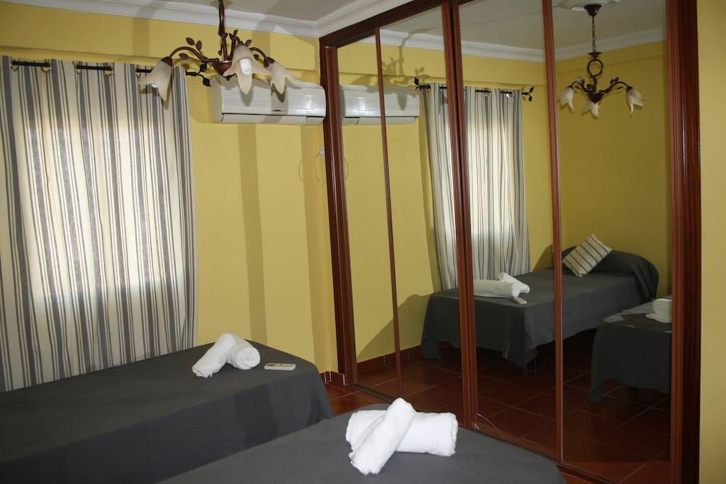Habitaciones completas y confortables, para sentirte como en casa.