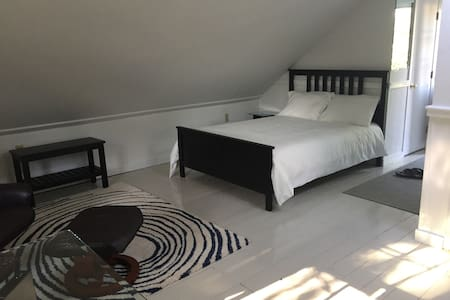 Comfortable Studio Apartment - Wellfleet - Vindsvåning
