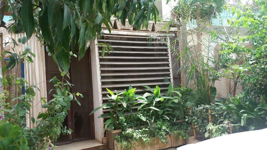 VILLA GRAND STANDING CLIMATISEE - Ouagadougou - House