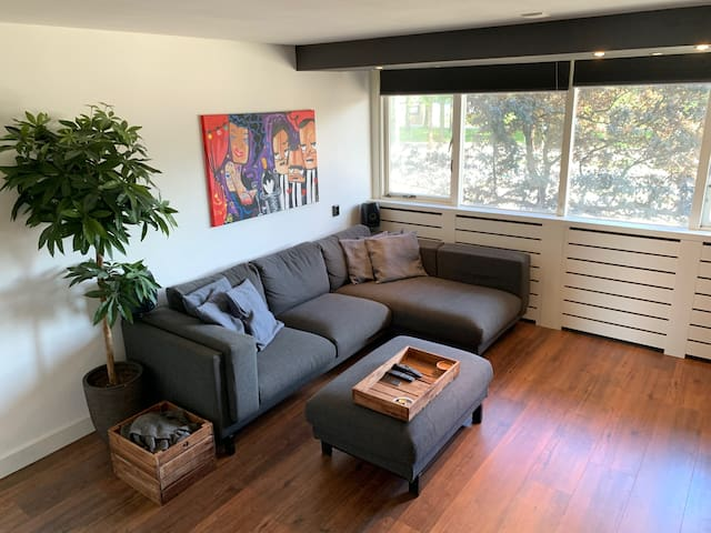 Lovely apartment for 2 persons in Amsterdam-West!