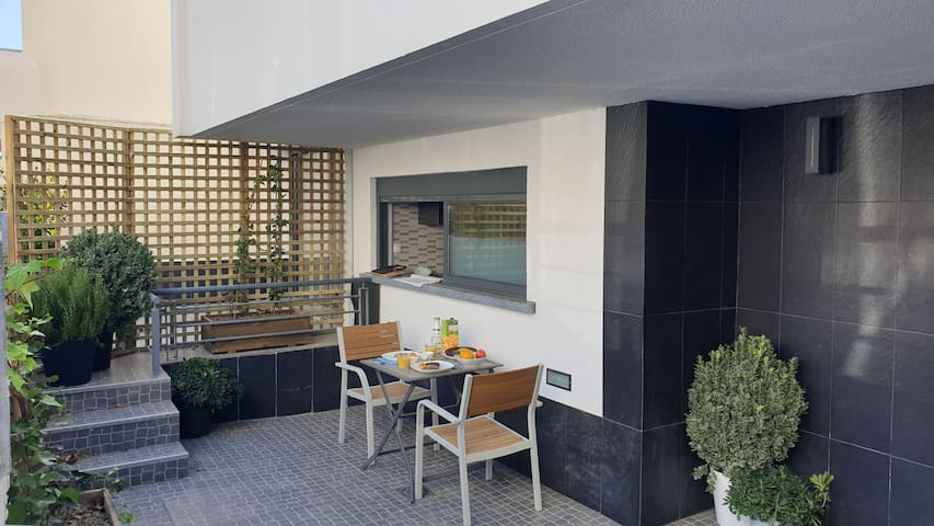 Private Apartment @ Sweet Spot Carcavelos