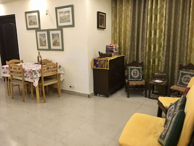 Homely, safe and cosy apt perfect 4 women /couple