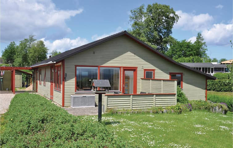 Holiday cottage with 4 bedrooms on 106m² in Augustenborg