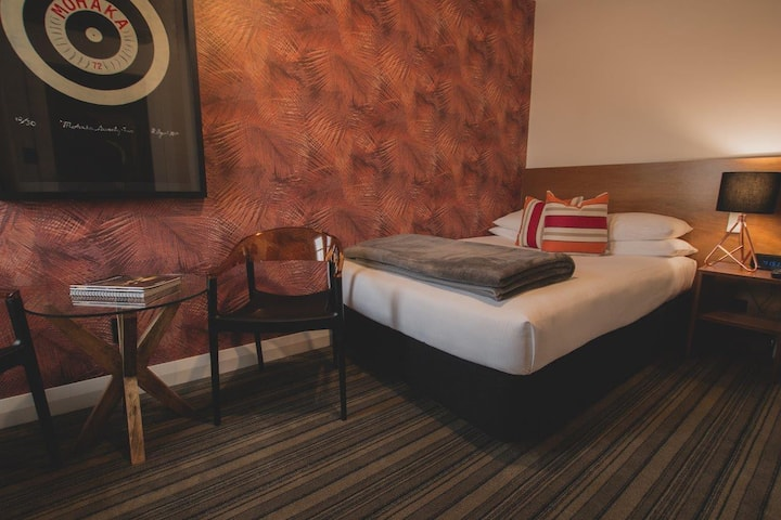 Double Deluxe Room in Stylish Boutique State Hotel