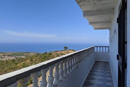 Appart F3 avec beau panorama sur mer d'Azeffoun