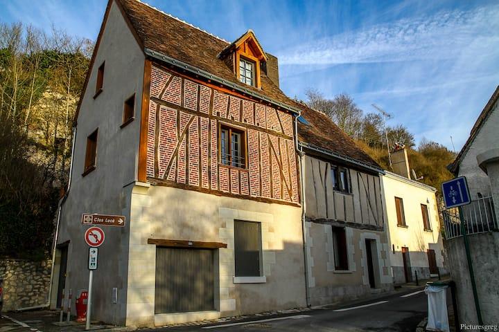 Charming house center of Amboise: La Petite Tortue